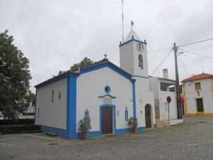 Visst är den lilla kyrkan vacker!