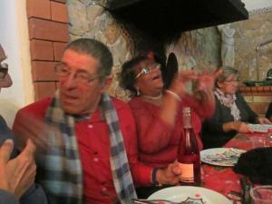 Inte vet jag vad Ingemar och vår franske bordsgranne samtalade om, men de hade trevligt!