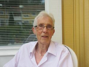 Anna-Lisa, en av de första, som flyttade in i vårt bostadsrättsområde för 30 år sedan